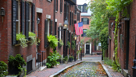 Boston historic Acorn street on Beacon Hill