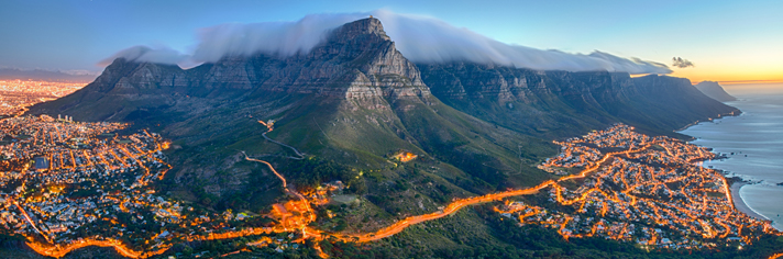 Table Mountain Cape Town South Africa  GettyImages-482989593