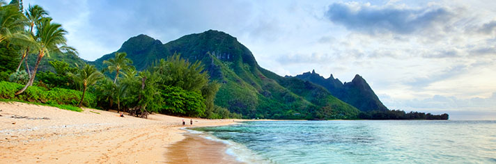 Tunnels Beach Haena Kauai   GettyImages-134185611